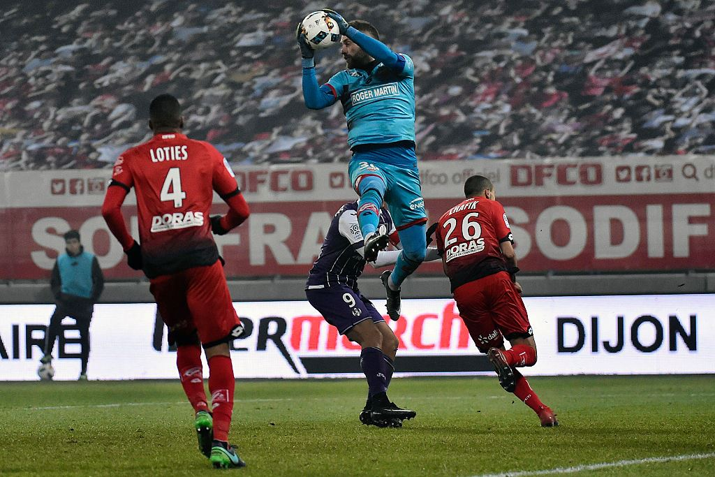dijon-v-toulouse-french-ligue-1-2016-2017-foto-26-maxw-1280